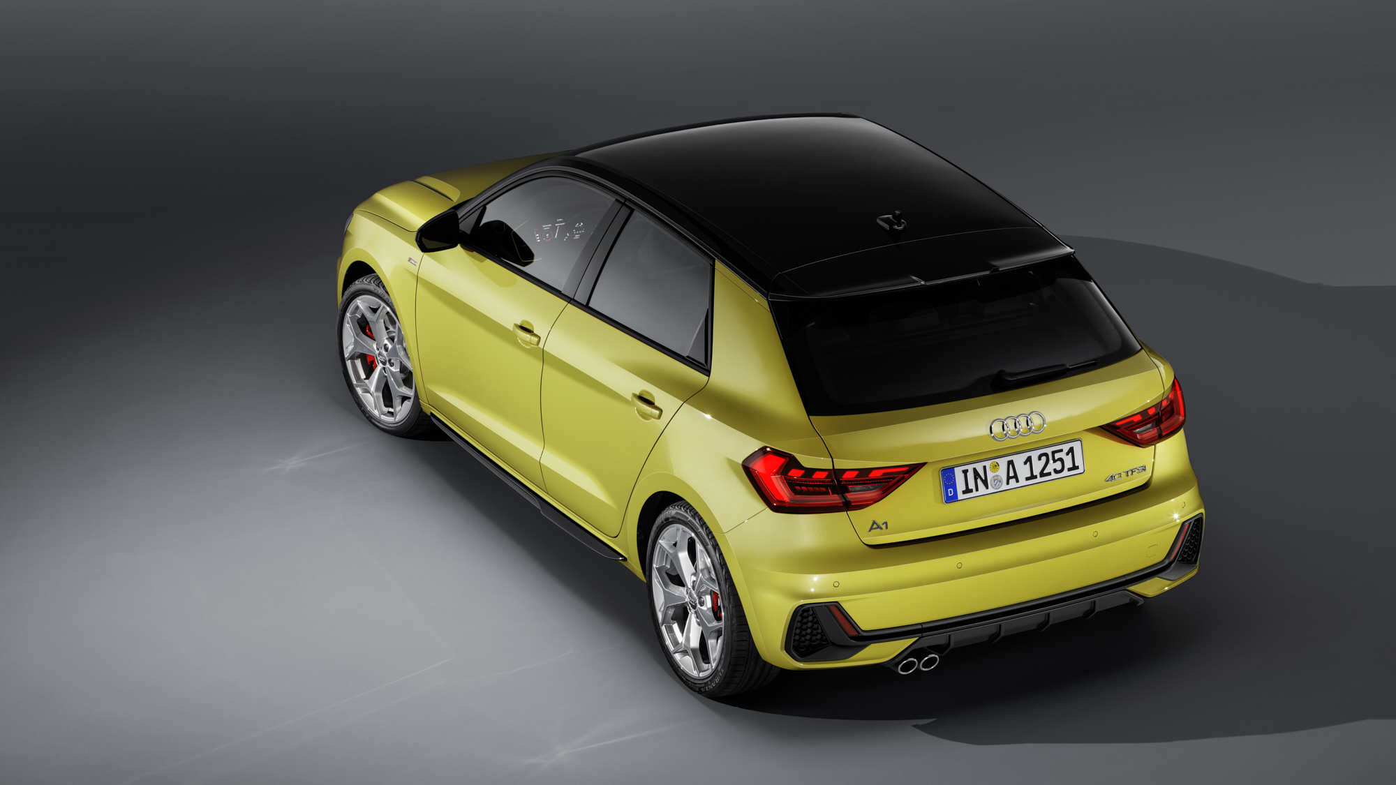RWink_Audi_A1_EXT_012_B2200