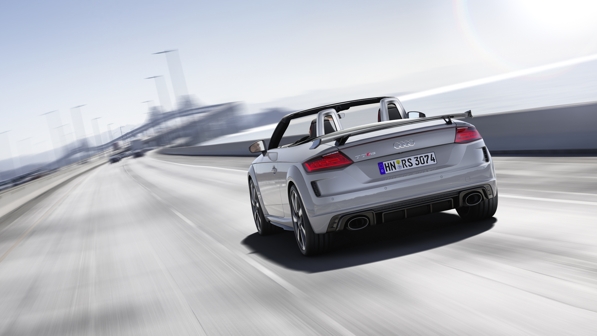 RWink_Audi_TT_RS_Roadster_Speed_001_B2200